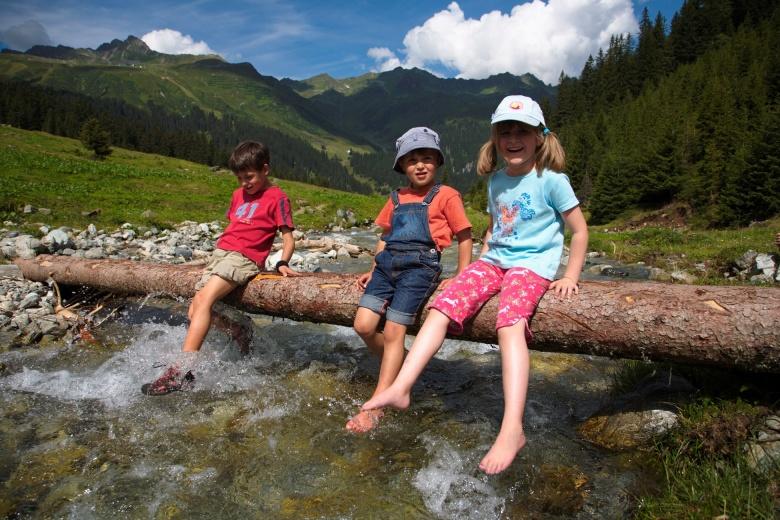 Wanderurlaub, Familienferien in Vorarlberg, Badeurlaub mit der Familie