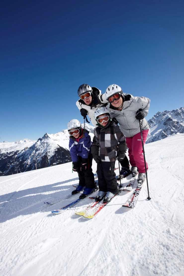 Familien Skiurlaub, Hotel Mateera, Gargellen, Montafon, Vorarlberg, Österreich