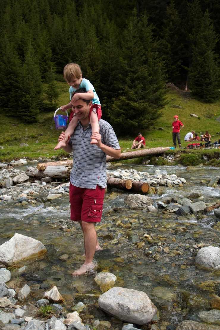 Familienwanderung, Familienhotel Mateera, Gargellen, Montafon, Vorarlberg, Österreich