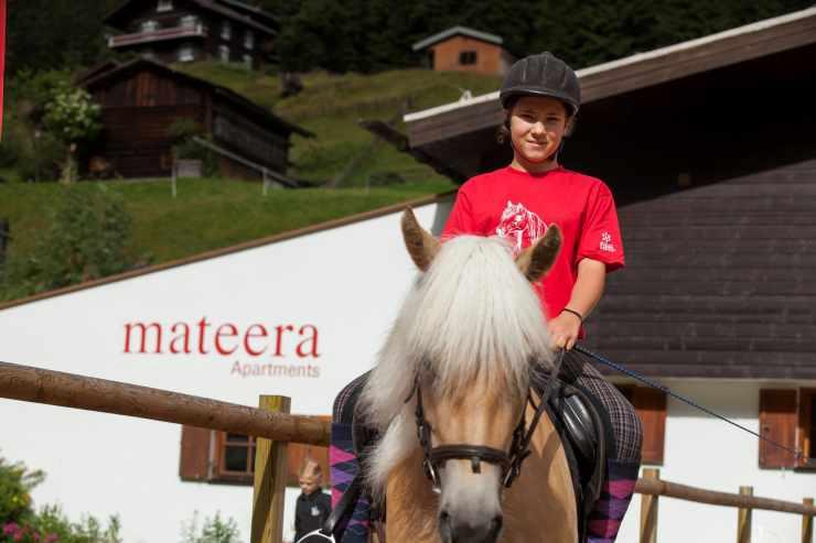 Reitferien, Familienurlaub, Familienhotel Mateera, Gargellen, Montafon, Vorarlberg, Österreich