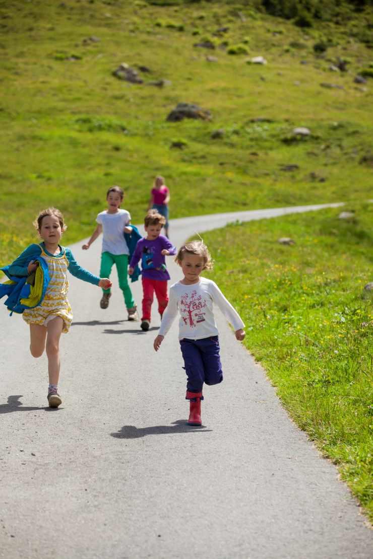 Wandern, Familienferien, Familienhotel Mateera, Gargellen, Montafon, Vorarlberg, Österreich