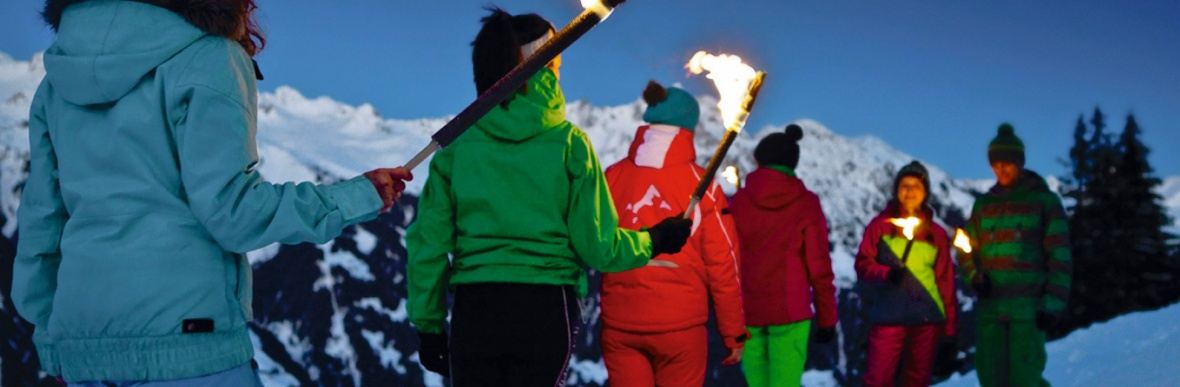 Fackelwanderung, Rodeln, Schlitten fahren, Winterwandern, Familienerlebnisse im Schnee
