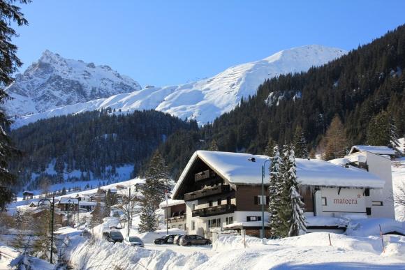 Familienhotel Mateera im Schneedorf Gargellen, Montafon, Vorarlberg