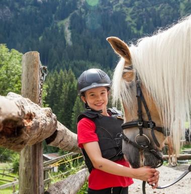 Reiten lernen im Montafon, Alpines Reiten in Vorarlberg, Reitstunden