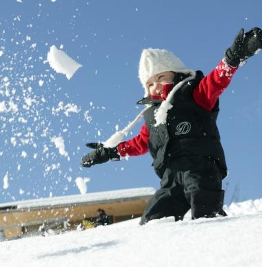 Winterurlaub im Familienhotel mit Kinderbetreuung in Gargellen