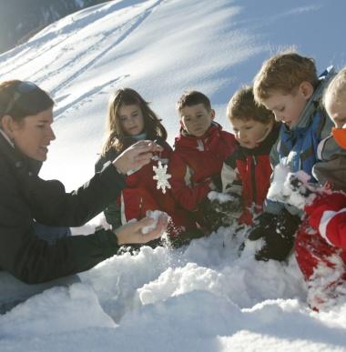 Aktive Kinderbetreuung, Sommerurlaub, Winterurlaub mit Kinderbetreuung im Familienhotel