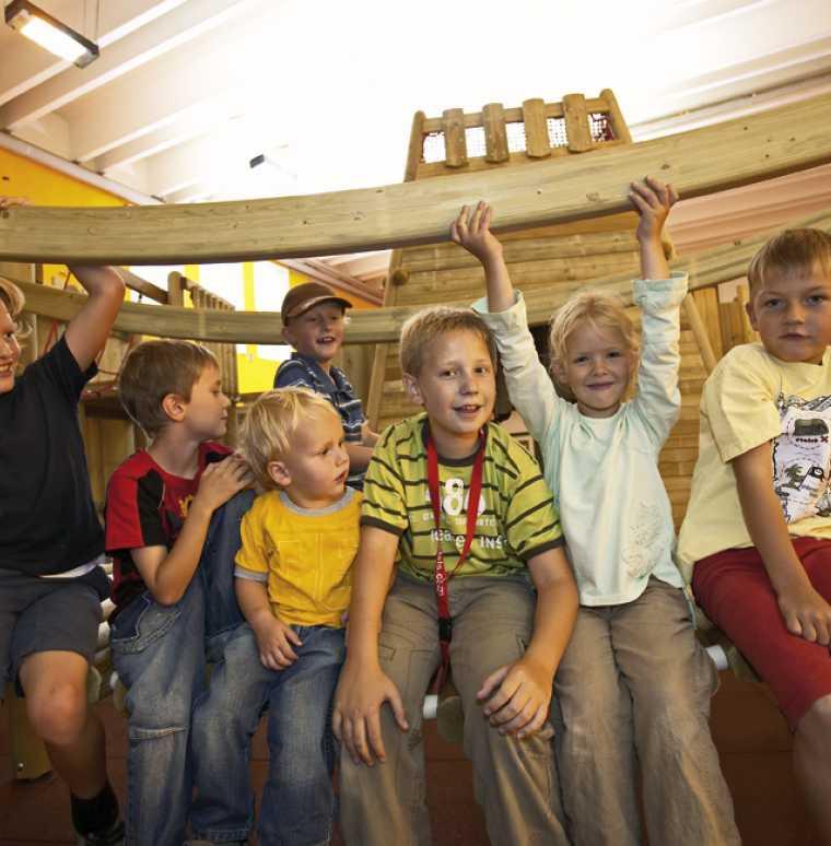 Familienangebot, Sommerurlaub, Skiferien in Österreich, Kinderhotel Lagant