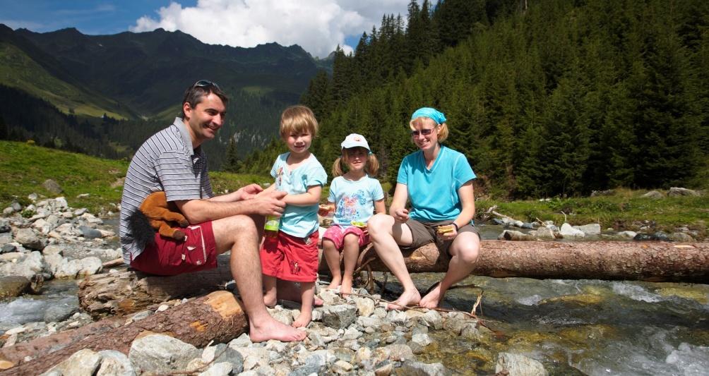 Sommerurlaub mit der Familie, Wandern und Baden in Gargellen, Montafon